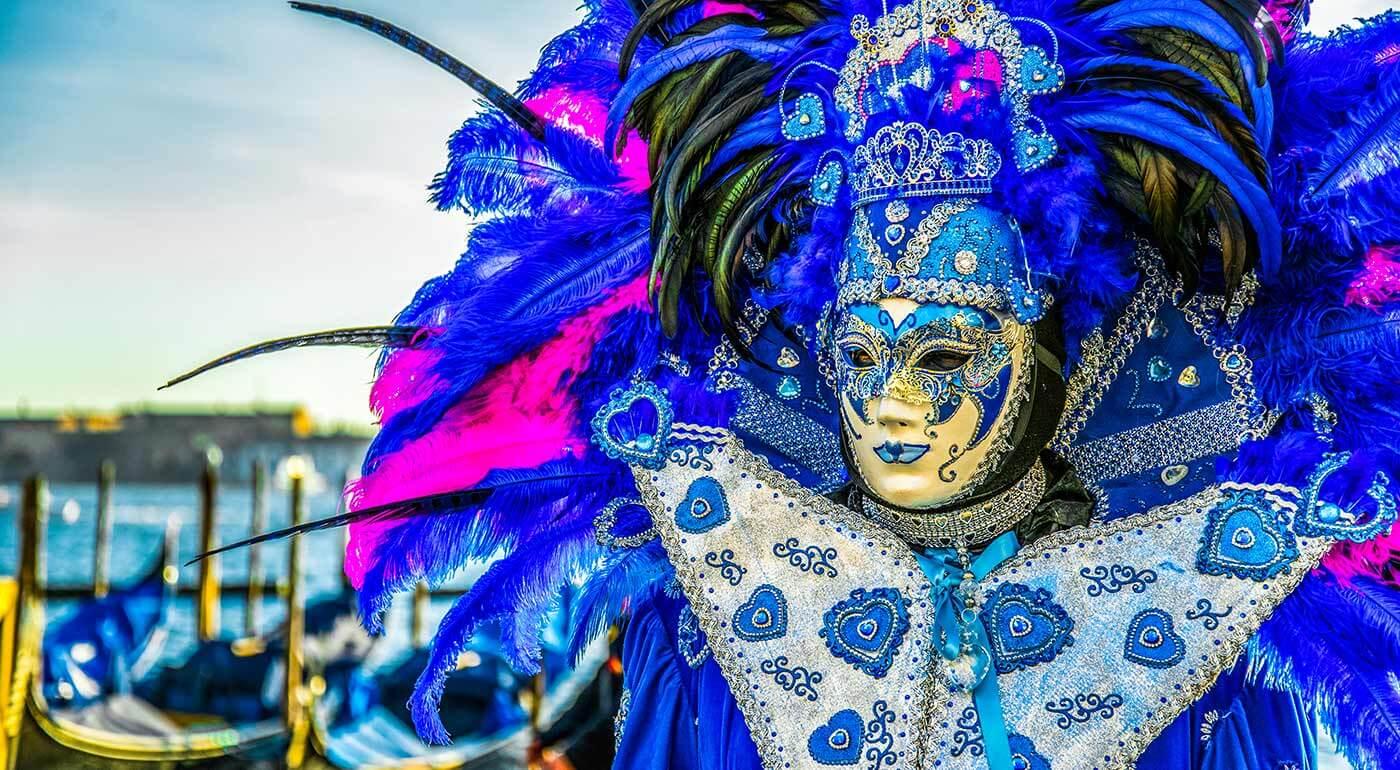 Benátky: Nezabudnuteľná prehliadka masiek počas karnevalu na 3-dňovom zájazde s možnosťou návštevy ostrovov Murano a Burano