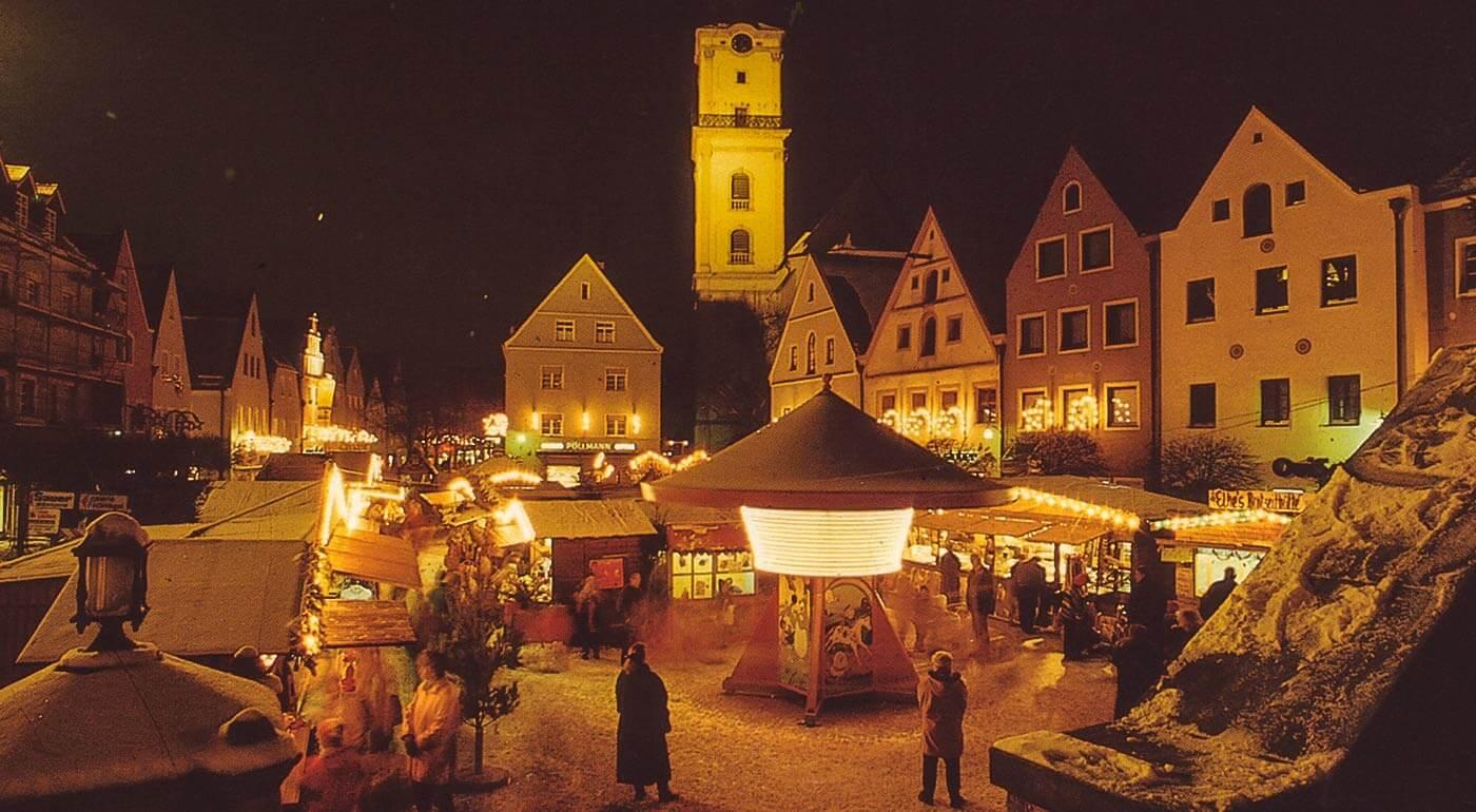 Rakúsko: 1-dňový zájazd do mestečka Retz a predvianočná návšteva záhrad Kittenberger