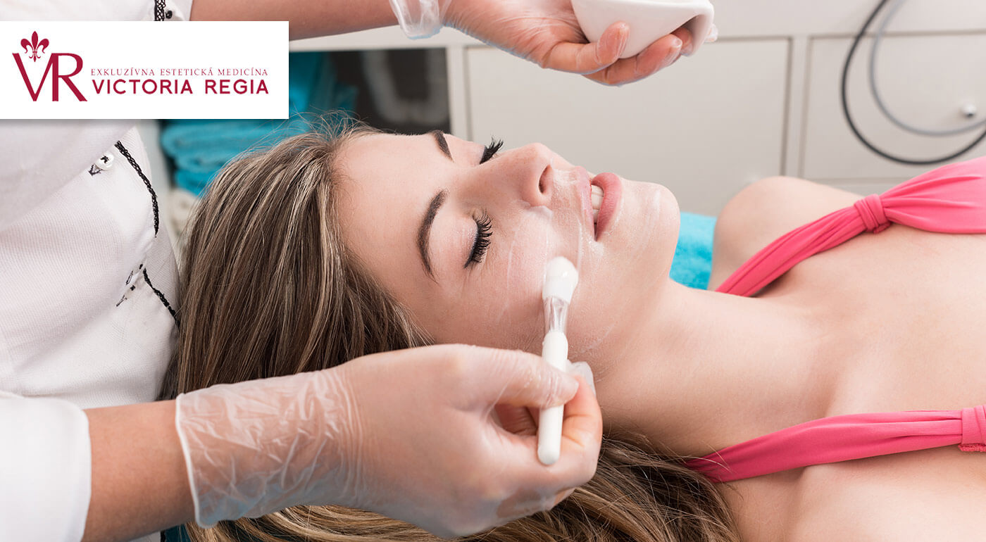 Chemický peeling Neostrata na Klinike estetickej chirurgie Victoria Regia