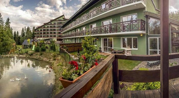 Fotka zľavy: Vysoké Tatry jedine s poriadnym wellness! Clubhotel*** Nezábudka je výborné miesto na pobyt v prírode. Pohodlné ubytovanie, dobré jedlo a pri balíčkoch s all inclusive aj neobmedzené množstvo nápojov.