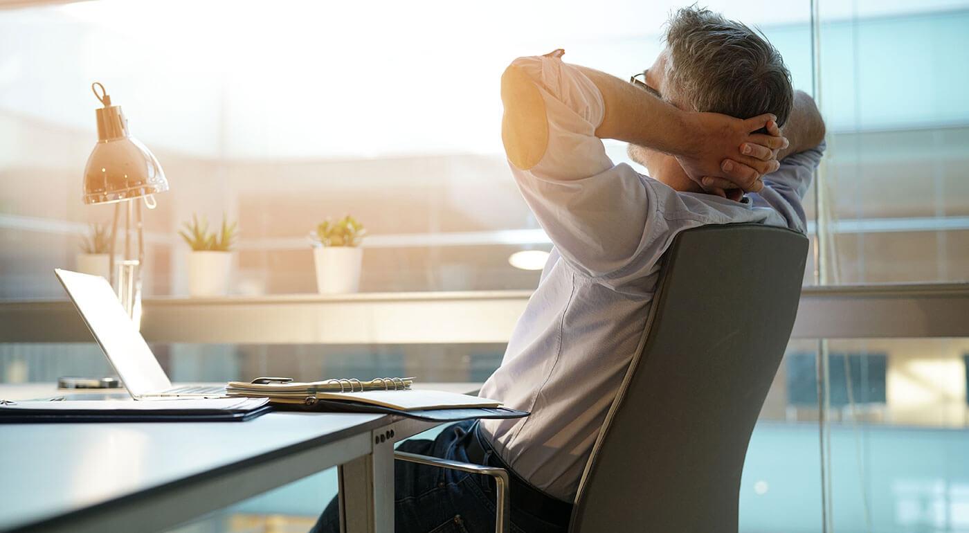 Bezdrôtová masážna opierka chrbta - osobný masér doma i v kancelárii