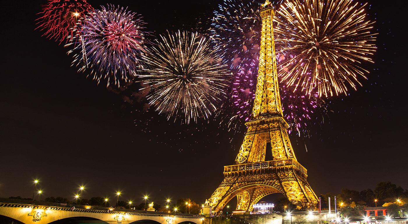 Silvester v Paríži: 4-dňový zájazd za veľkolepou oslavou na privítanie Nového roka s darčekom v podobe fľaše sektu!