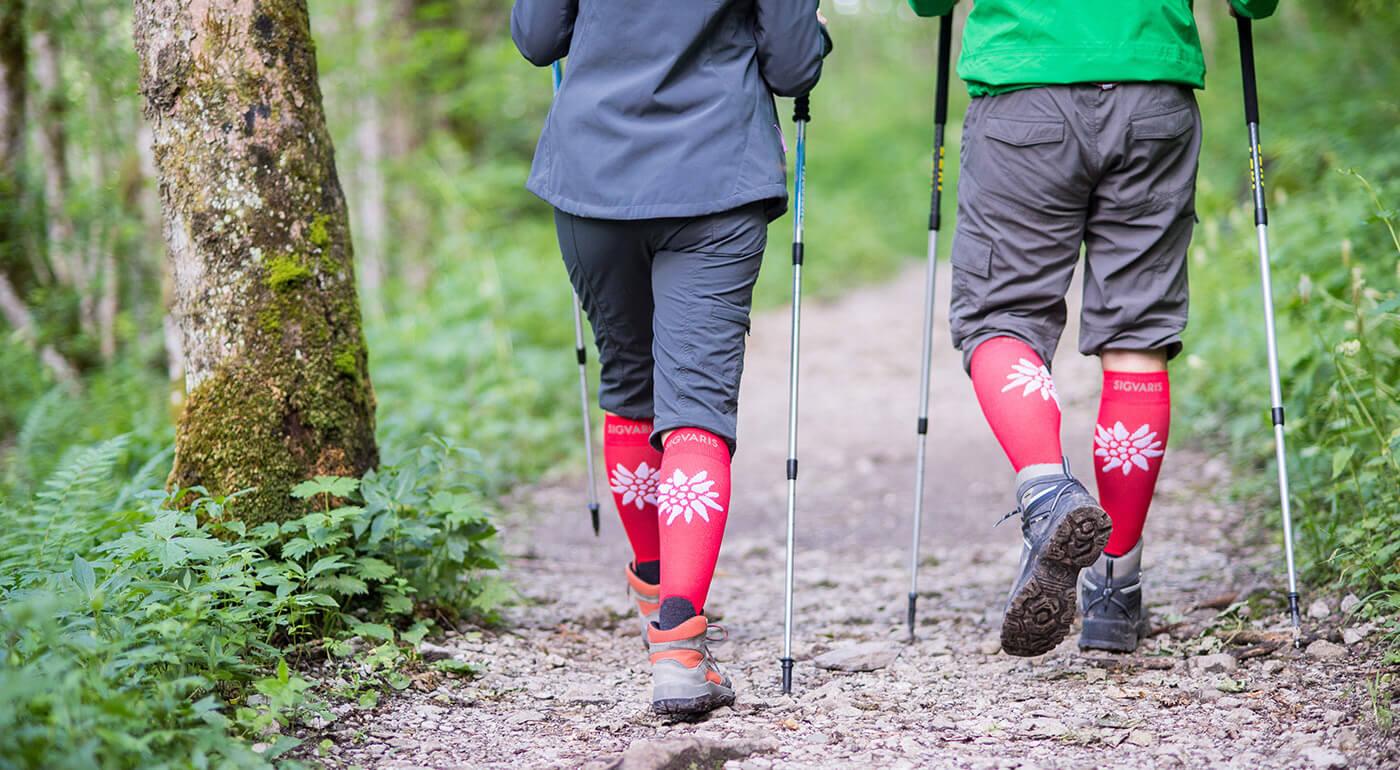 Kompresívne podkolienky pre športovcov a turistov aj ako bojovníci proti pocitu ťažkých nôh