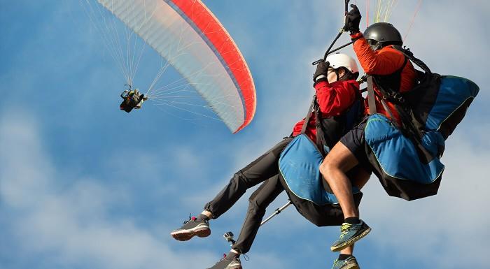 Adrenalínový tandemový let na padáku