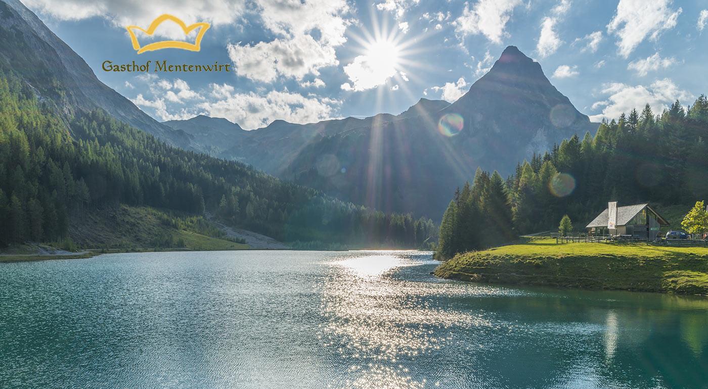 Aktívne leto v rakúskych Alpách. Prežite bezstarostné dni v penzióne Gasthof Mentenwirt s polpenziou a výbornou dostupnosťou ku turistickým chodníkom a cyklotrasám.