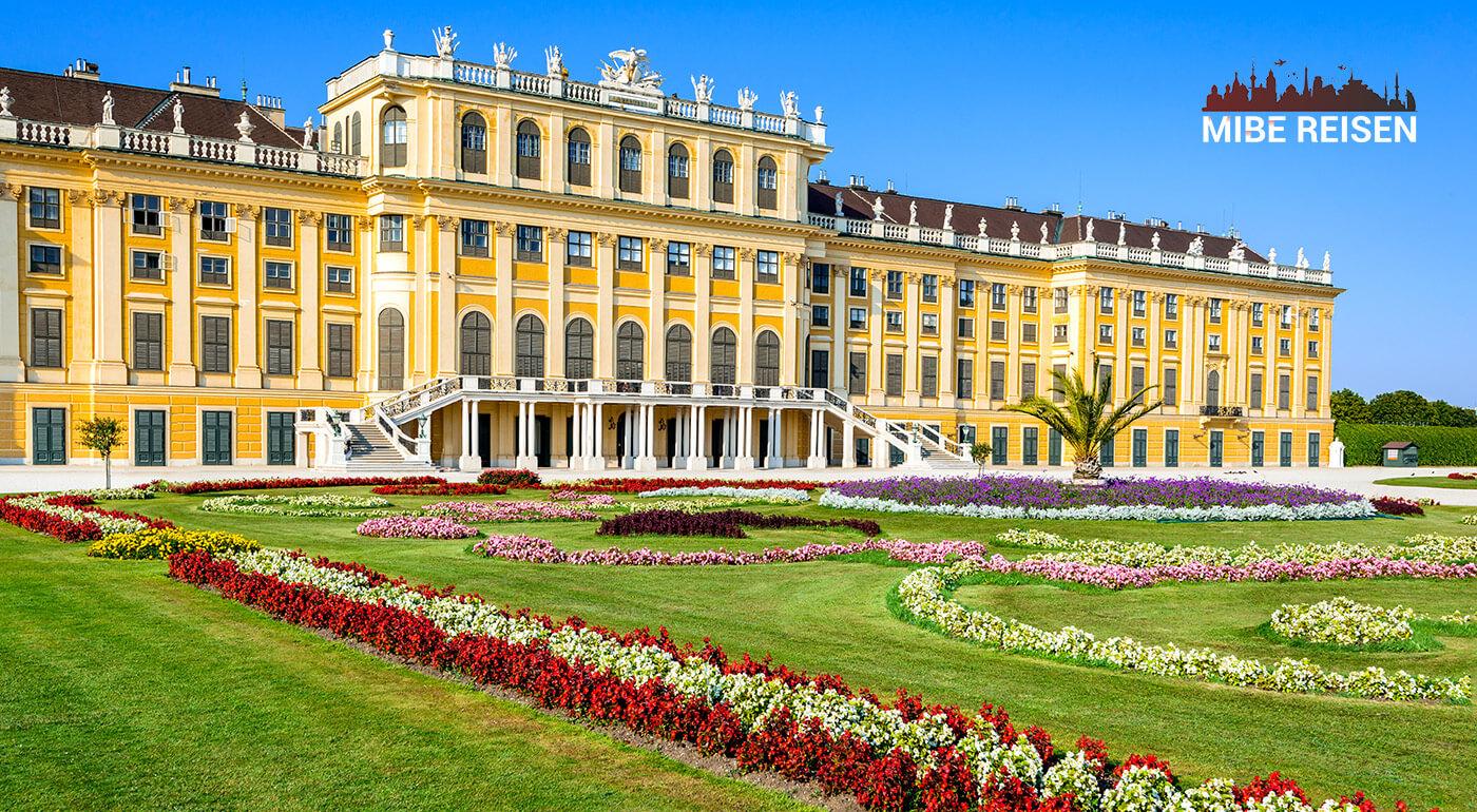 Nákupy v obchode Primark a návšteva veľkonočných trhov vo Viedni