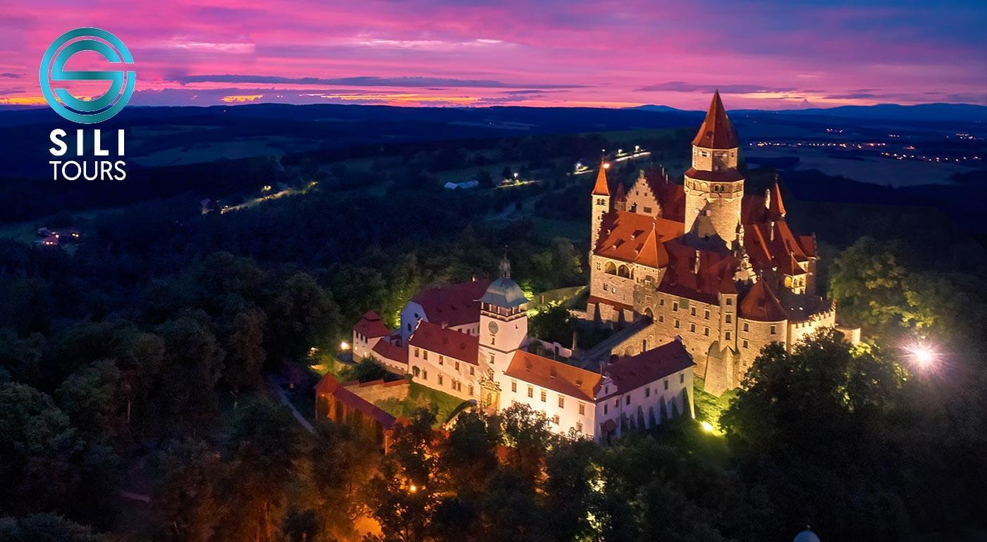 Jednodňový zájazd do Česka: rozprávkový hrad Bouzov s návštevou Olomouca