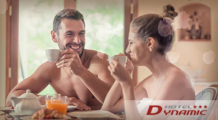 Načerpajte novú energiu z liečivých prameňov v Trenčianskych Tepliciach. Ubytujte sa v Hoteli Dynamic*** a vychutnajte si privátne wellness či znamenitú polpenziu.