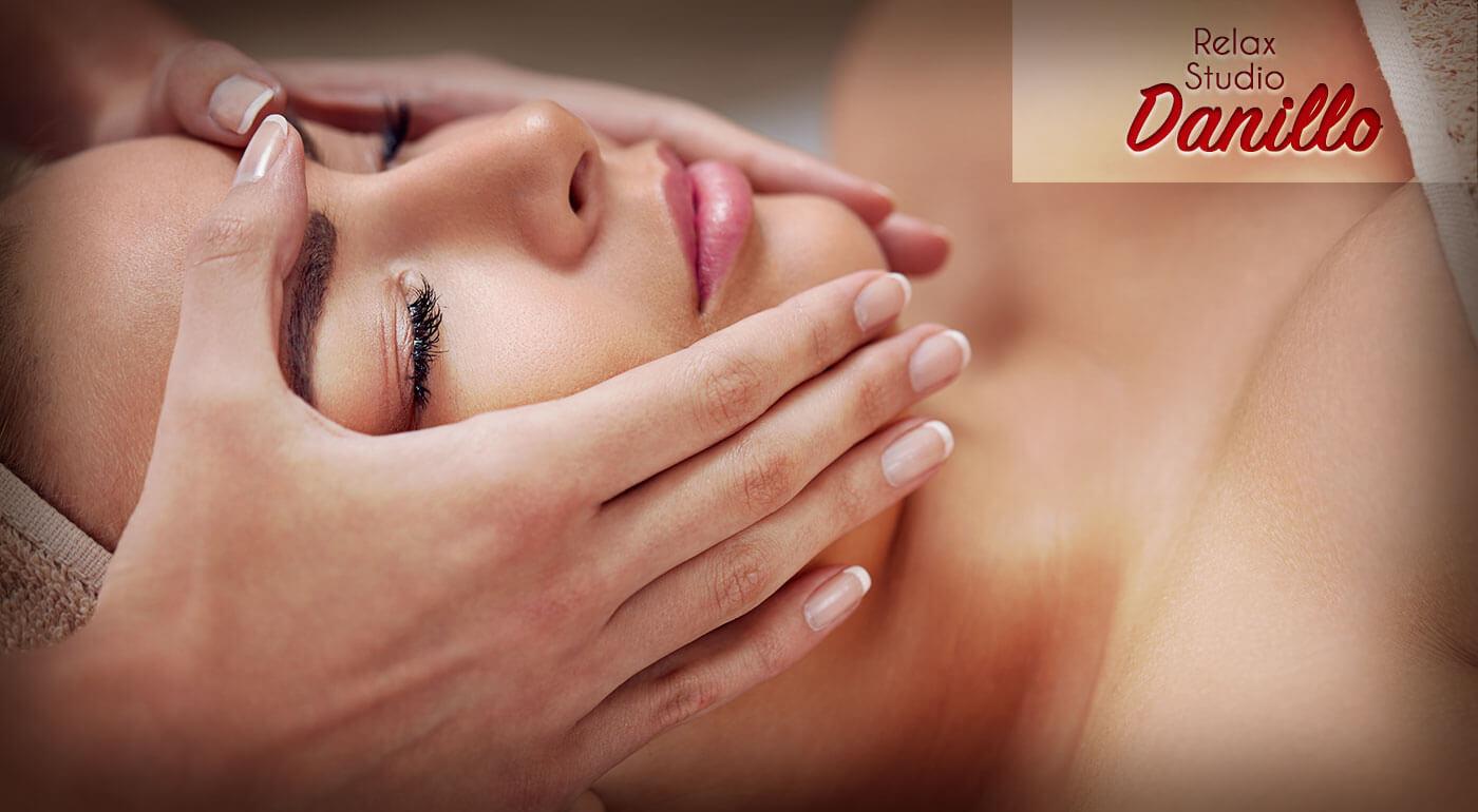 Darček pre dámu: Fantastická masáž tváre na uvoľnenie stresu a vyhladenie vrások v salóne Danillo