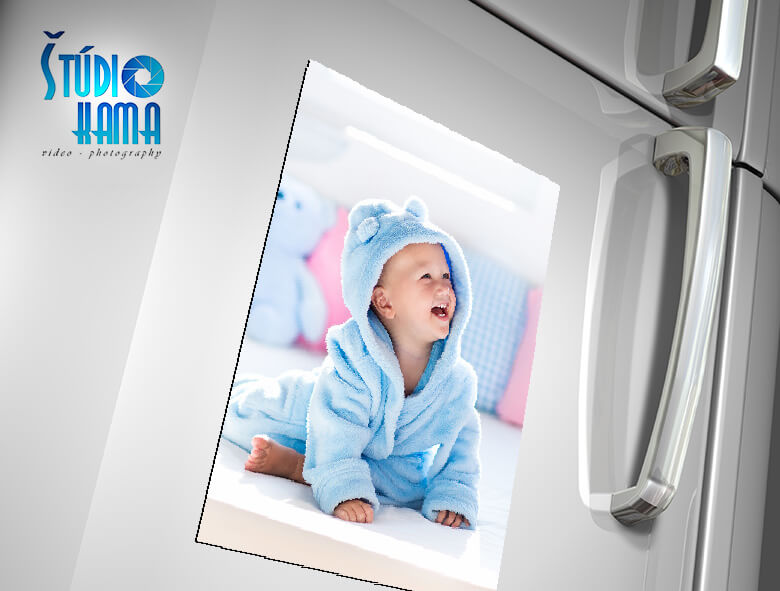 Foto Digital Studio: 1x fotomagnetka s vlastnou fotografiou s rozmerom 21x30 cm