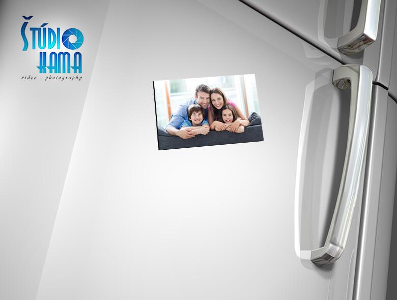 Foto Digital Studio: 4x fotomagnetka s vlastnou fotografiou s rozmerom 9x13 cm