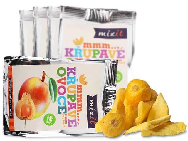 MIXIT Chrumkavé ovocie do vrecka Mango + Physalis 20 g