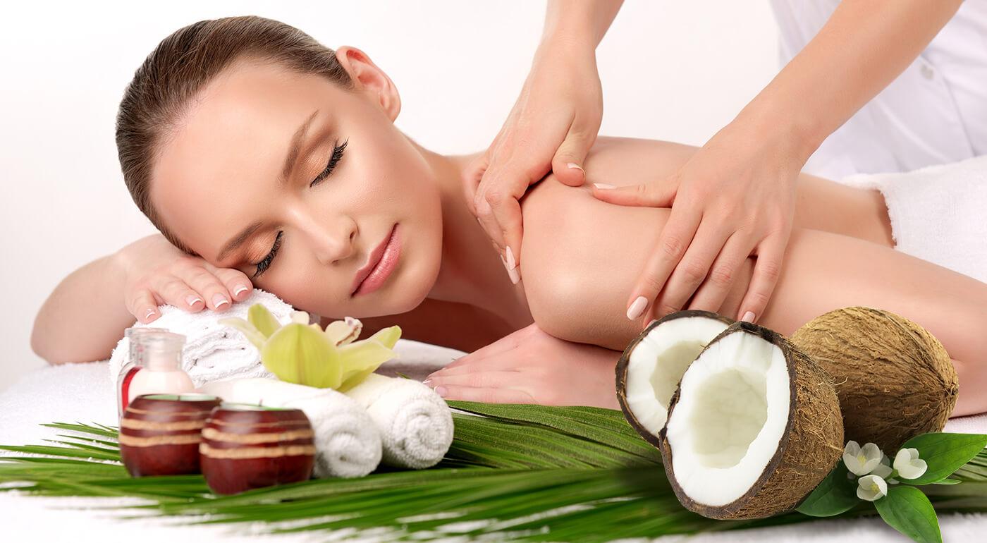 Zabudnite na chvíľu na chladné počasie a poďte sa príjemne zahriať do Salónu Natália. Tam si môžete vychutnať príjemnú celotelovú masáž nahriatym kokosovým olejom!