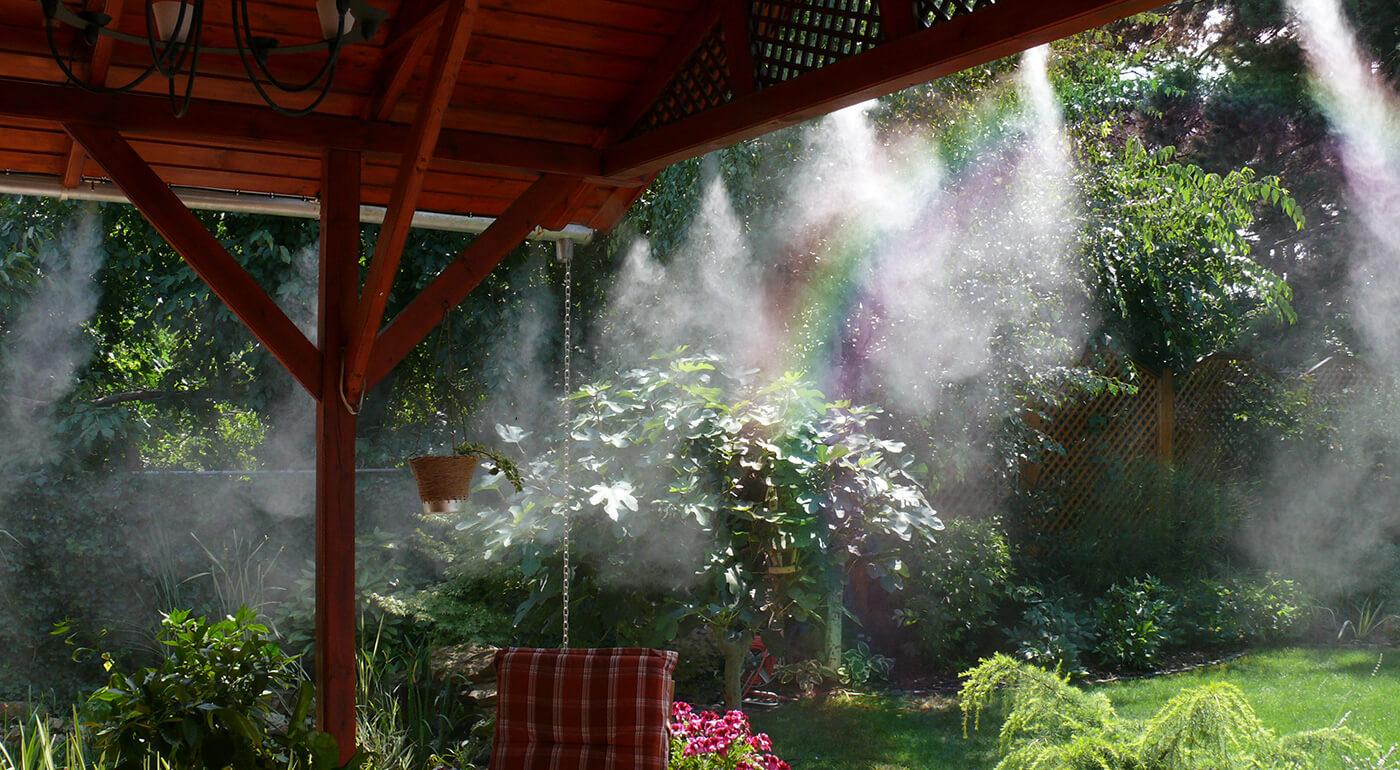 Vodná hmla - ochladzovač vzduchu na terasu alebo do záhrady, ktorý tiež odoženie otravný hmyz