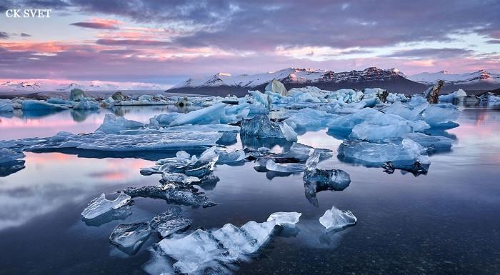 Čarovné vodopády, jazierka, vulkány a lávové polia a najkrajšie scenérie. To všetko a ešte oveľa viac objavíte na 7, 8 alebo 9-dňovom zájazde s CK Svet, špecialistom na poznávanie Islandu!