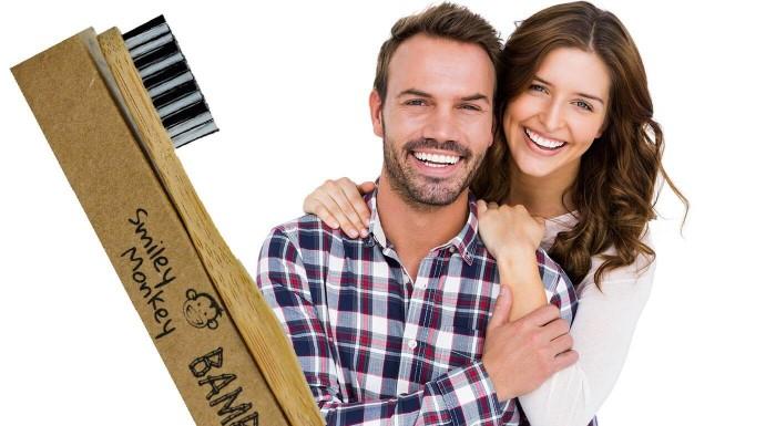 Vaše zuby si zaslúžia tú najlepšiu starostlivosť. Vyskúšajte prírodné kefky z ekologického bambusu, ktoré neobsahujú žiadne plasy a sú šetrné k sklovine. Vyčaria vám krásny a zdravý úsmev.