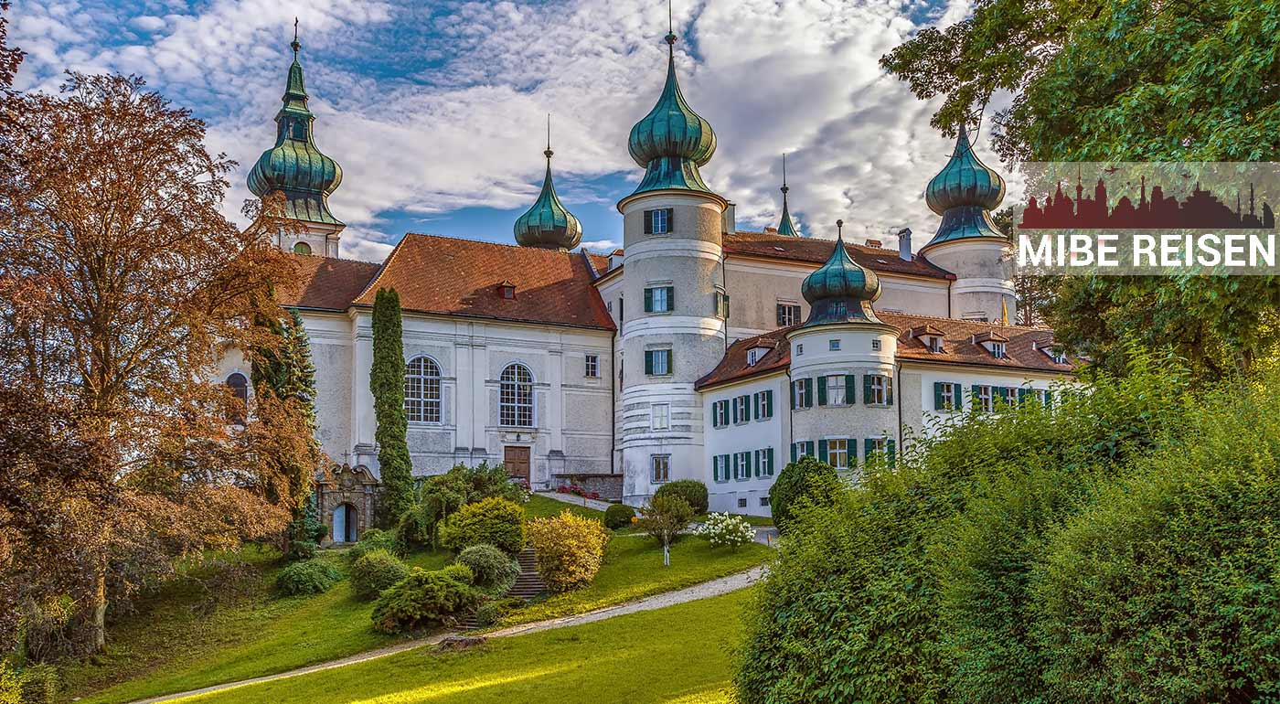 1-dňový zájazd Po stopách rakúsko-uhorskej monarchie - spoznajte najkrajšie rakúske zámky Belvedere, Mayerling a Artstetten