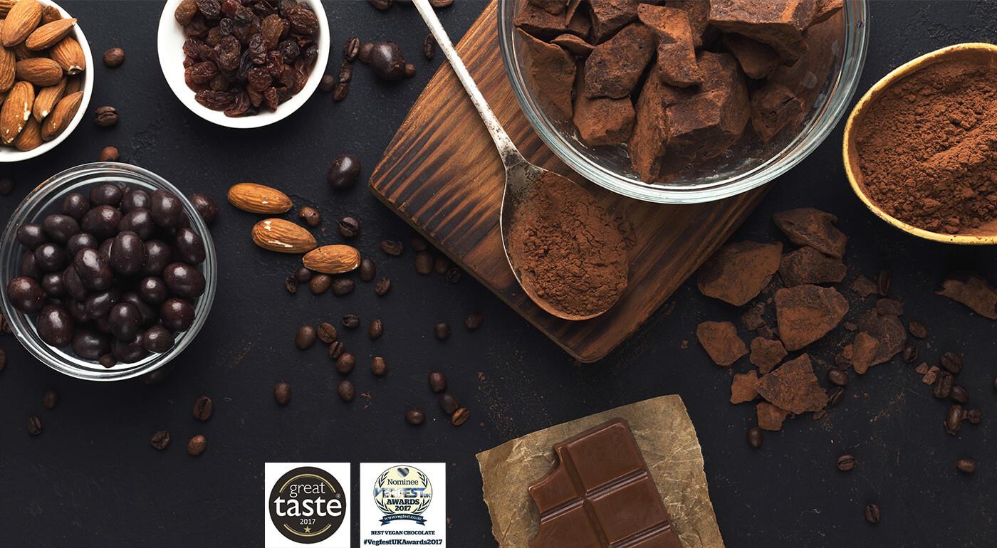 Zdravé sladkosti: Mandle, goji a zázvor v raw čokoláde alebo exkluzívna sladká novinka - moruša v raw Vanoffe čokoláde