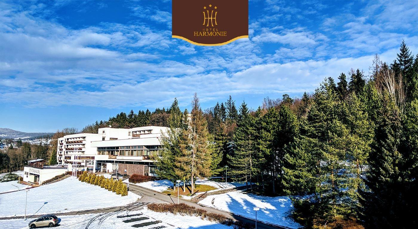Luhačovice: Zimný pobyt v obľúbenom Hoteli Harmonie*** s wellness balíčkom a polpenziou