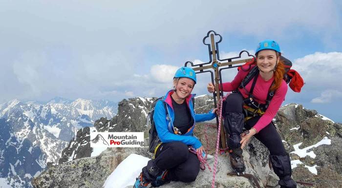 Pokorte najvyšší vrchol Slovenska s Mountain Pro Guiding! Víkendový zážitok v Tatrách tvorí prípravný výcvik, výstup, ubytovanie a zapožičanie výstroja.
