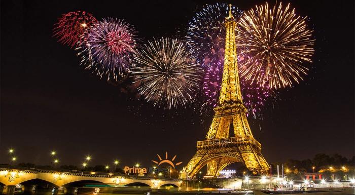 Zľava 41%: Silvester treba poriadne osláviť. Navštívte slávnostne naladený Paríž a zažite príchod Nového roka vo veľkom štýle. 5-dňový zájazd vám otvorí dvere do mesta módy, gastronómie i lásky.