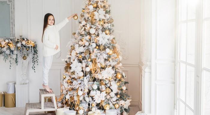 Zľava 25%: Vianoce bez anjelikov, hviezdičiek a snehových vločiek by neboli Vianocami. Vyzdobte si svoj stromček originálnymi ozdobami a vylepšite slávnostnú atmosféru veselým prestieraním na stôl za super ceny.