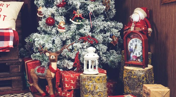 Drevené ozdoby na vianočný stromček