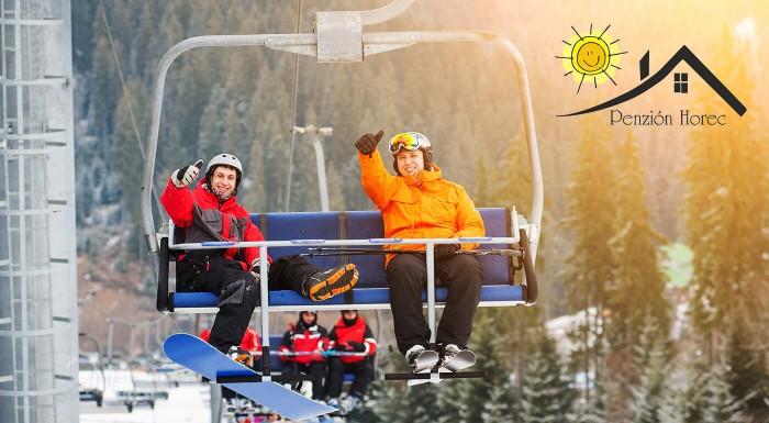 Užite si zimu v prírode Kremnických vrchov v Penzióne Horec - Králiky a tešte sa skvelú polpenziu či plnú penziu a parádnu lyžovačku iba 15 metrov od ubytovania!