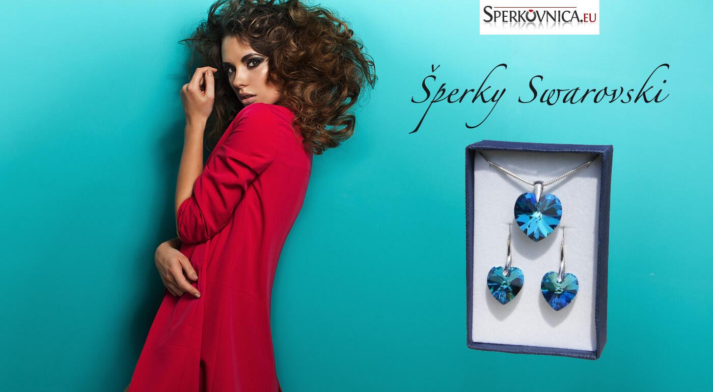 Set SWAROVSKI - elegantné náušnice a prívesok v tvare srdca v darčekovej krabičke