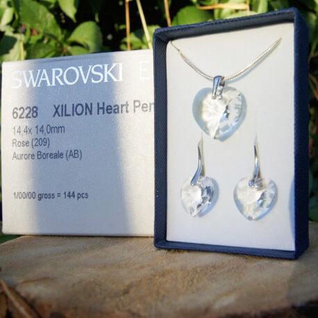 Súprava náušníc a prívesku SWAROVSKI Crystal v darčekovej krabičke