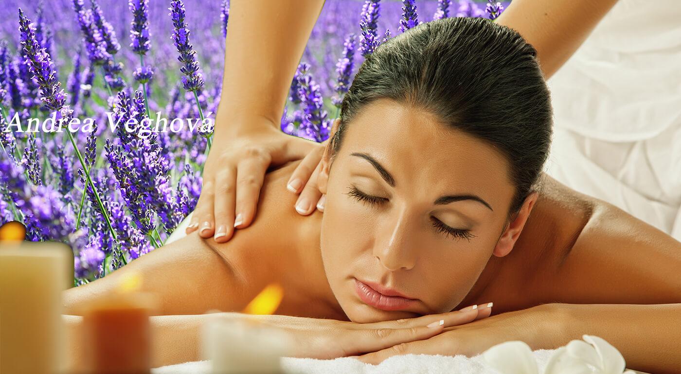 Levanduľové masáže tváre alebo celého tela s voňavým zábalom - jednoducho levanduľový sen