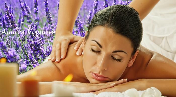 Zabudnite na stres, napätie a každodenné starosti. Vnímajte len príjemné dotyky masérky a omamnú vôňu levandule. Zájdite na masáž do Relaxačného salónu a zažite levanduľový sen!
