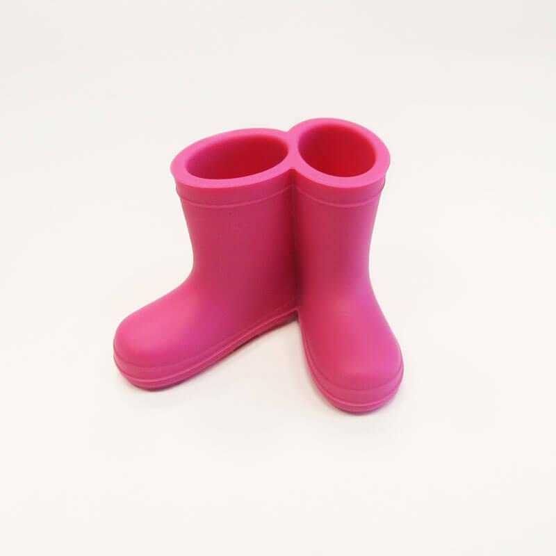 Hoobbe Stojan na zubné kefky - čižmičky (ružové)