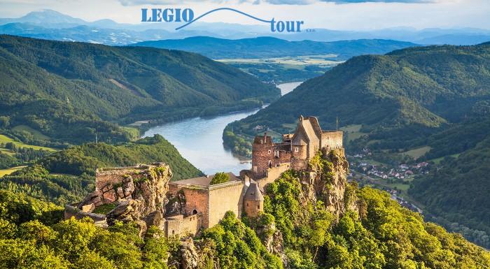 Údolie Wachau a návšteva benediktínskeho kláštora
