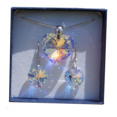 Súprava náušníc a prívesku SWAROVSKI Mega Crystal AB v darčekovej krabičke (28 mm prívesok, 18 mm náušnice)