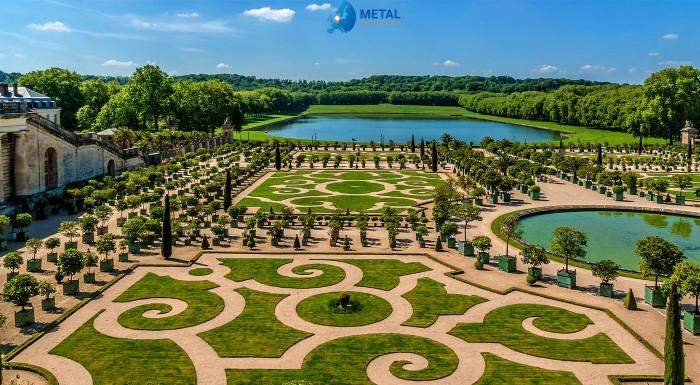 To najlepšie z hlavného mesta Francúzska namiešané úplne na 100%. Paríž, Versailles a štvrť La Defense a mnoho ďalších romantických miest a zážitkov európskeho veľkomesta za 5 dní.
