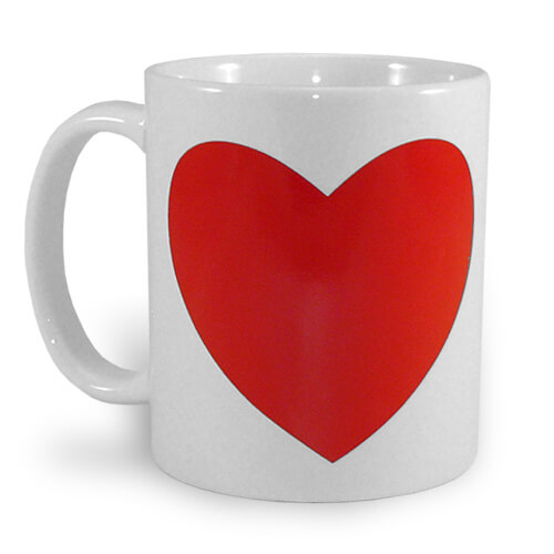 Kama štúdio: Hrnček s magickým srdiečkom - biely s červeným srdcom