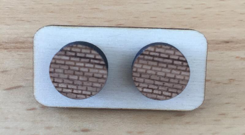 Drevené náušnice - vzor 13 (priemer 2,1 cm)