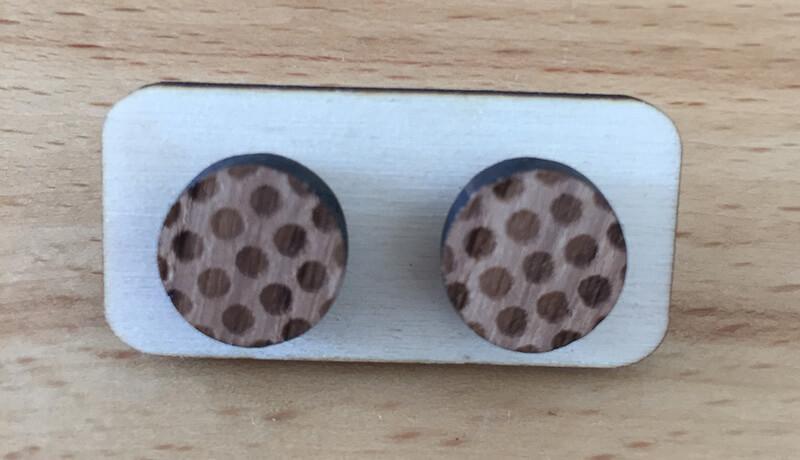 Drevené náušnice - vzor 14 (priemer 2,1 cm)