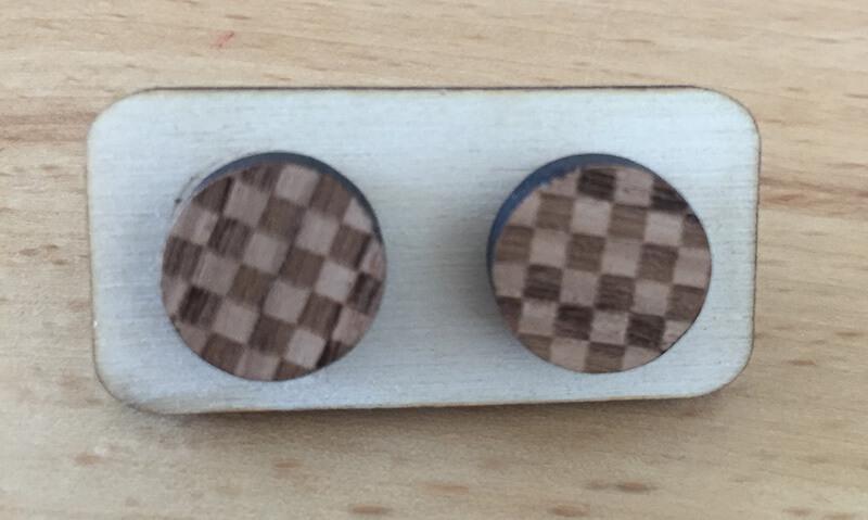 Drevené náušnice - vzor 15 (priemer 2,1 cm)