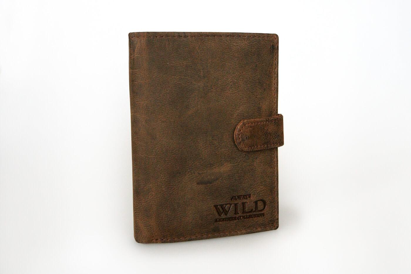 WILD Pánska kožená peňaženka na výšku - hnedá so zapínaním (šírka 9,5 cm x výška 13 cm)