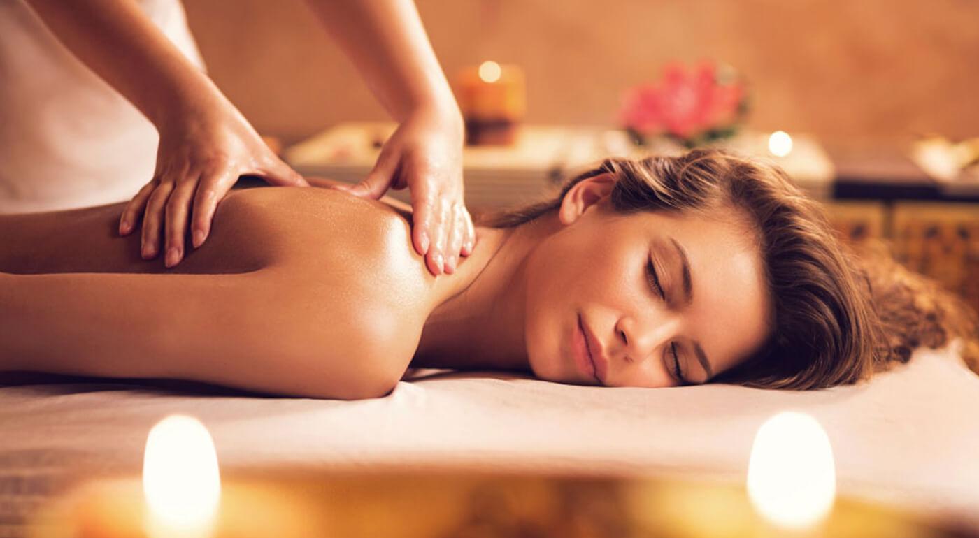 Energizujúca Nuru masáž pre dámy - zmyselný relax pre telo i dušu