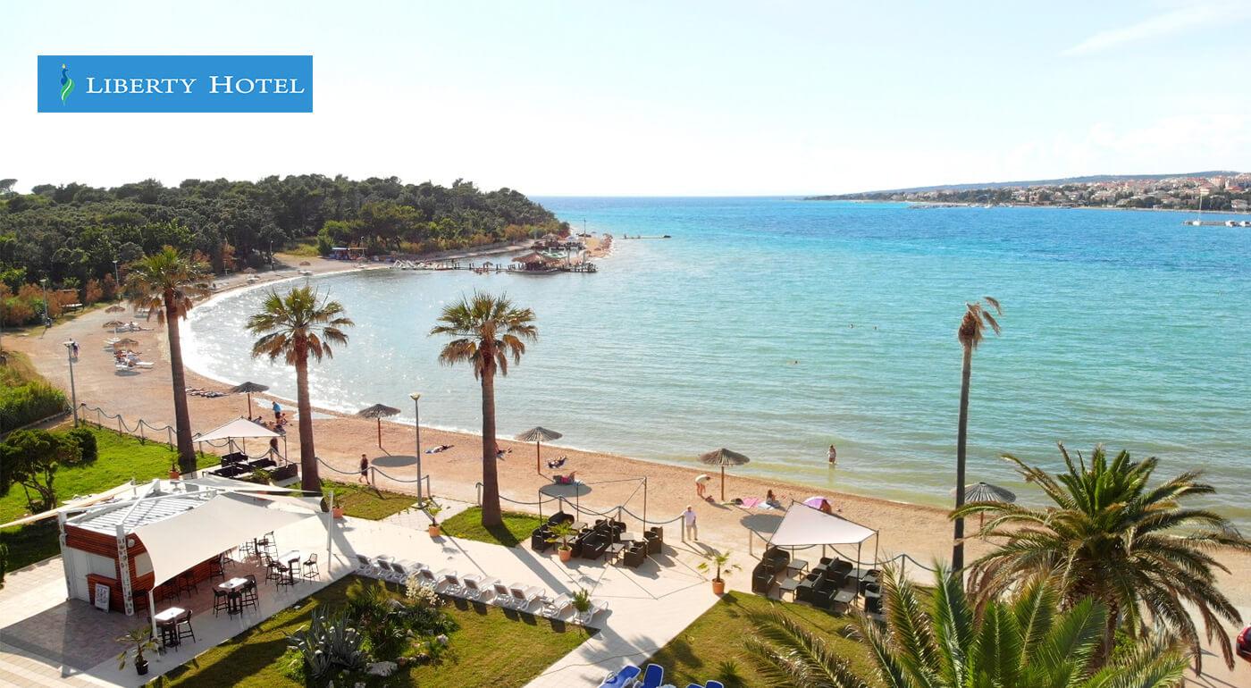 Chorvátsko, ostrov Pag: Dovolenka v Liberty Hoteli** pri súkromnej pláži na 4 dni
