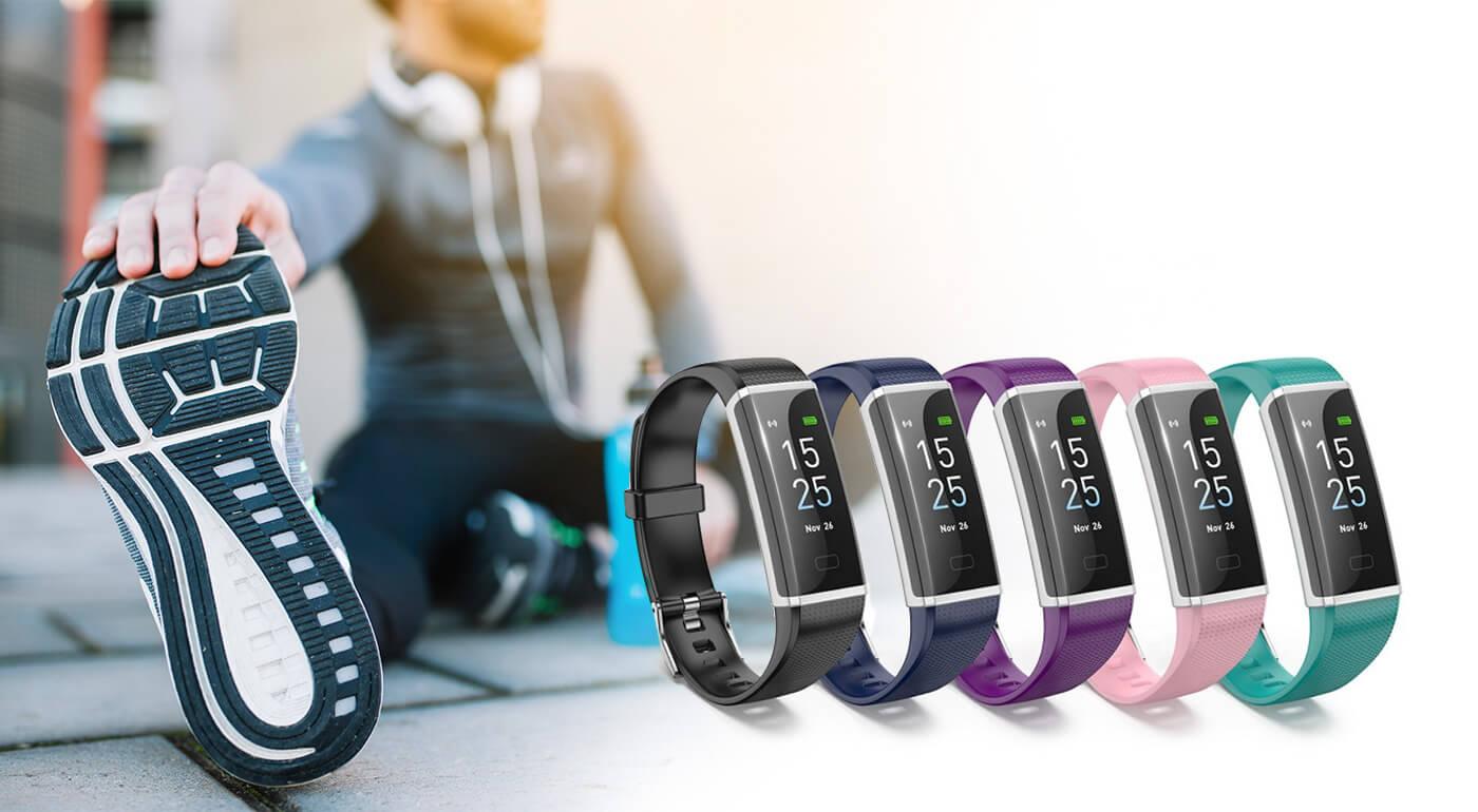 Inteligentný fitness náramok a hodinky v jednom nielen pre športovcov