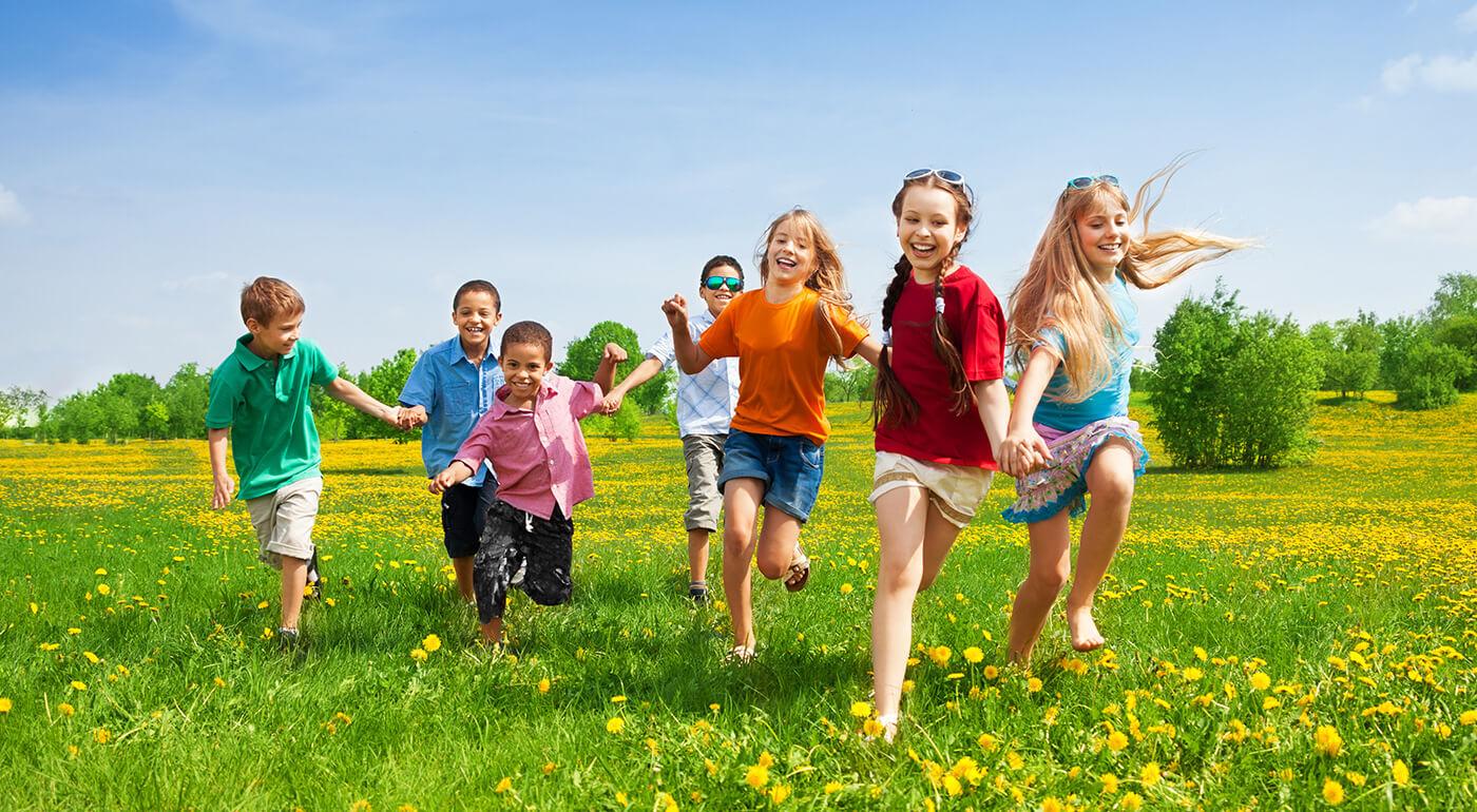 Letný 8-dňový detský tábor Slnovrat plný hier, výletov a skvelých vedúcich v chránenej krajinnej oblasti Biele Karpaty