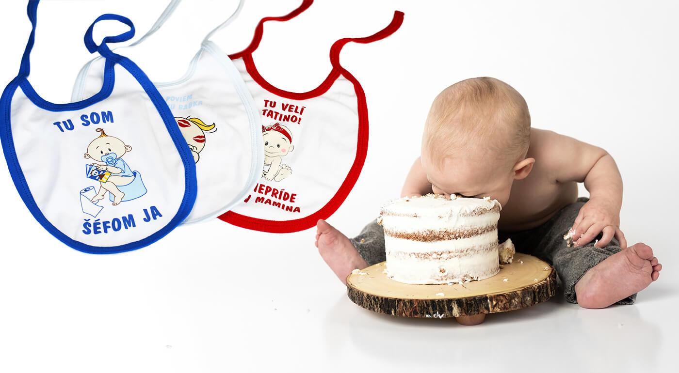 Dojčenské podbradníky s milými slovenskými nápismi