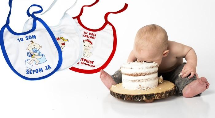 Podbradníky pre bábätká s rozkošnými motívmi
