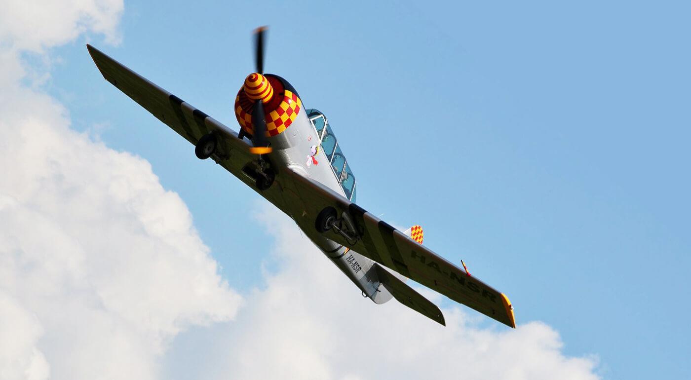 Adrenalínové akrobatické lety lietadlom v rôznych častiach Slovenska (Bratislava, Levice, Vysoké Tatry)