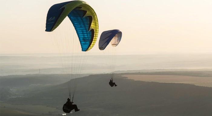 Adrenalínový paragliding