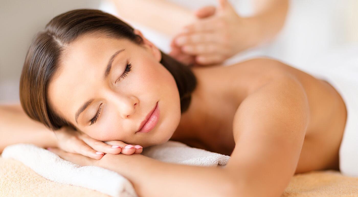 Celotelová masáž pre dámy - dajte si premasírovať celé telo